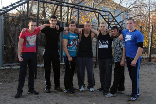 Артемовская молодежь выбирает воркаут