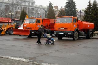 Артемовские коммунальщики получили пять новеньких авто
