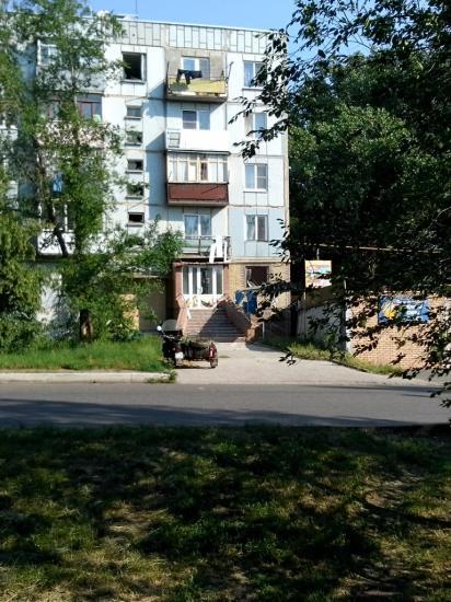 В Артемовске ночью обстреляли КПП воинской части